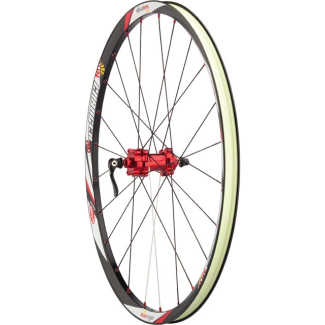 SunRingle Charger Pro Disc Wheelset - Wheelset (Black Rims/Red Hubs)