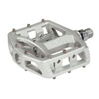 Wellgo MG-1 Magnesium Pedals - Silver