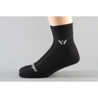 Swiftwick Performance Two Socks - Black