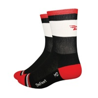 "Defeet Aireator 5"" Grupetta Socks - Red/Black"