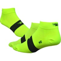 "Defeet Aireator 1"" Team Socks - Yellow/Black Stripe"