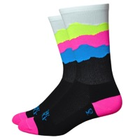 "DeFeet Aireator 6"" Skyline Stay True Gap Socks - Black/Blue/Pink"