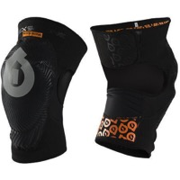 SixSixOne Comp AM Knee Guards - Black