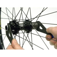 Hub Adjustment