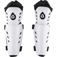SixSixOne Comp Knee Guards